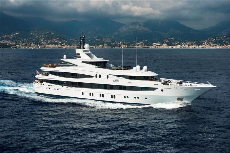 Американский банк Goldman Sachs продал за $27,5 млн. супер-яхту Natita